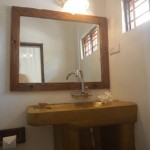 room-8_bathroom-sink-mirror